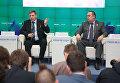 Глава ДНР Александр Захарченко и глава ЛНР Игорь Плотницкий на пресс-конференции в Симферополе. 17 января 2017
