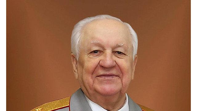Генерал-майор Евгений Мишин. Архивное фото