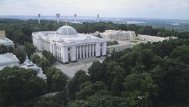 Вид на здание Президиума Верховного Совета УССР. Ныне - Рада