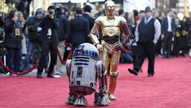 Персонажи Звездных войн роботы R2 D2 и C-3PO. Архивное