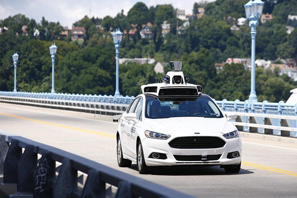 Тестирование беспилотного автомобиля Ford Fusion Hybrid