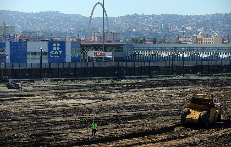 Строительство на территории порта Мексика-США