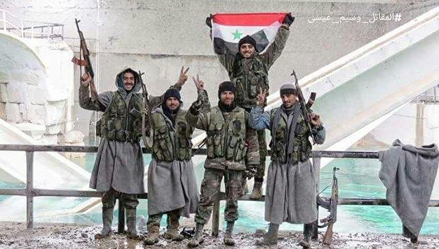 Бойцы сирийской армии под Дамаском. Архивное фото