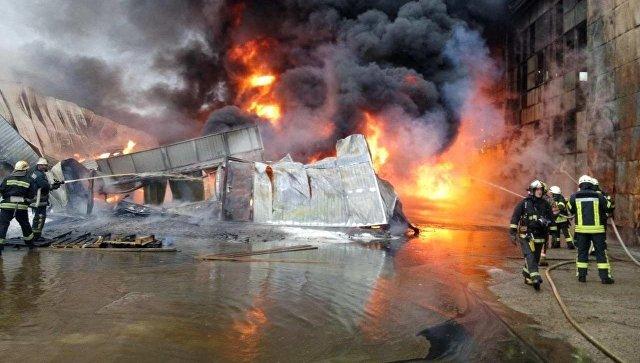 ВКиеве зажегся склад горюче-смазочных материалов