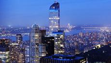 Вид на вечерний Манхэттен. Архивное фото