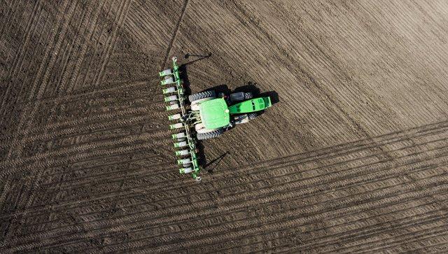 Сельхозугодия в РФ будут отслеживать изкосмоса