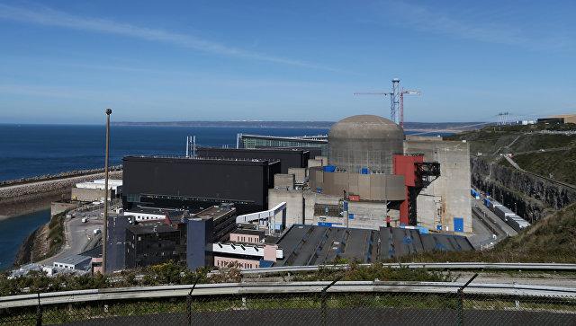 АЭС Фламанвиль в регионе Нижняя Нормандия, Франция. Архивное фото