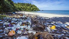 Мусор на пляже в Таиланде. Архивное фото
