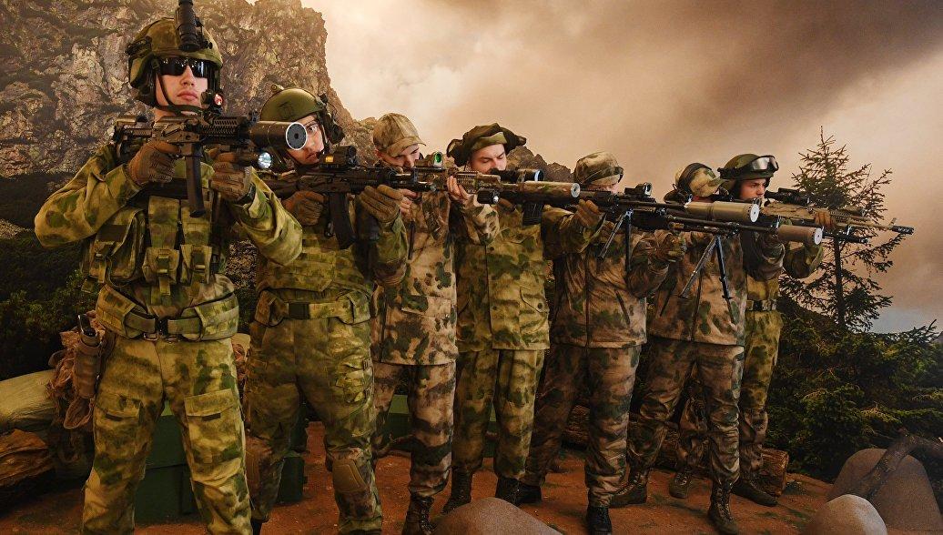 Росгвардия меняет стиль: навыставке вБалашихе показали образцы формы войск