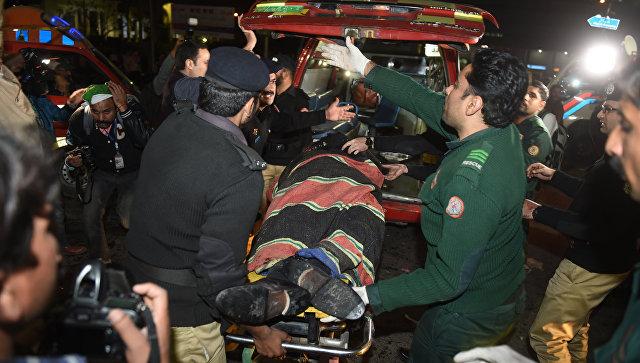 Взрыв наакции протеста вПакистане забрал жизни 16 человек