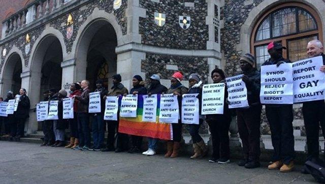 Англиканские епископы проиграли ЛГБТ ввопросе гей-браков