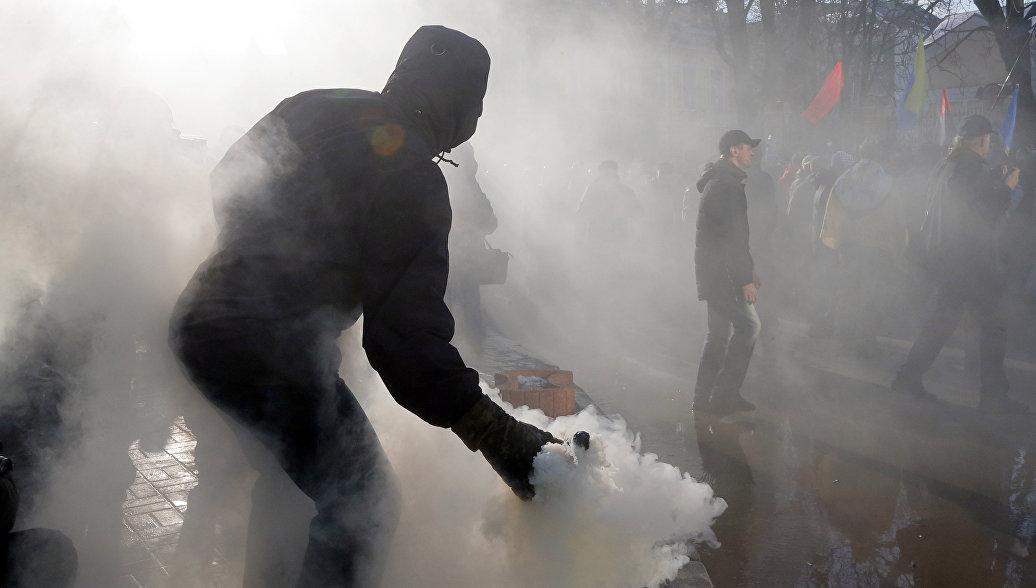 Порошенко заявил, что из-за блокады Украина потеряла влияние на Донбасс