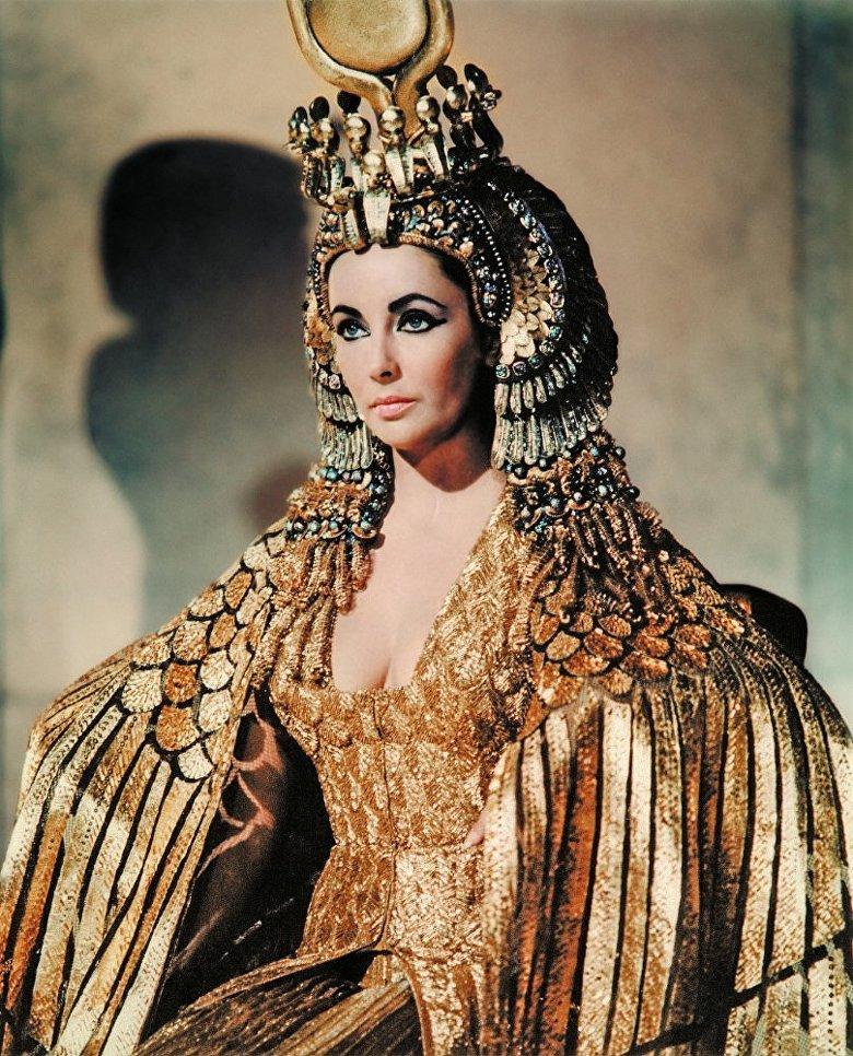 Элизабет Тейлор сыграла Клеопатру