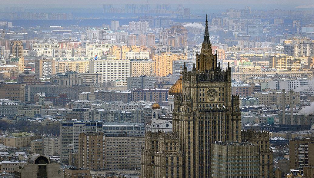 Посол Франции в России вызван в МИД в связи с опасным сближением самолетов