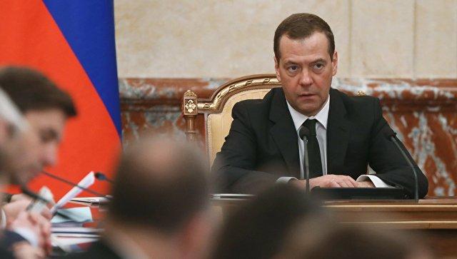 Санкции никто неотменит— Медведев