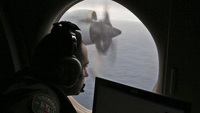 Близкие пассажиров пропавшего малайзийского Boeing настаивают напродолжении поисков