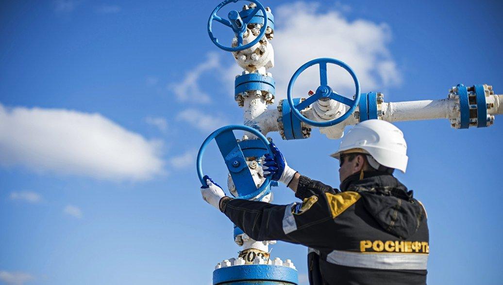Россия сократила добычу нефти на 200 тысяч баррелей в сутки