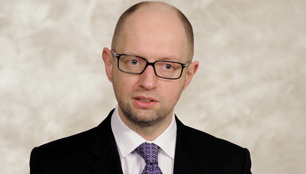 Яценюк: расширение финпомощи МВФ позволит Украине избежать дефолта