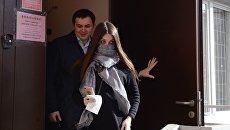 Стритрейсерша Мара Багдасарян после окончания заседания мирового суда №77 московского района Сокол. 10 марта 2017