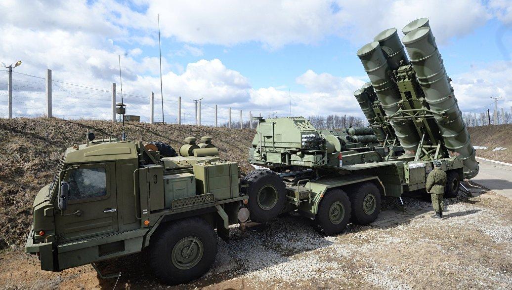 Ъ: Китай стал первым покупателем новейшей российской системы ПВО С-400