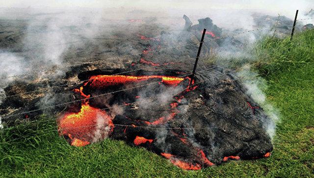 Ученые погрузились вкратер вулкана: тынеповеришь, зачем они туда забрались