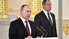Президент РФ Владимир Путин выступает на церемонии вручения верительных грамот послов иностранных государств в Александровском зале Большого Кремлёвского дворца. 16 марта 2017