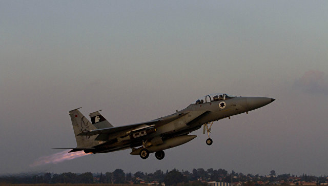 Самолет военно-воздушных сил Израиля, архивное фото