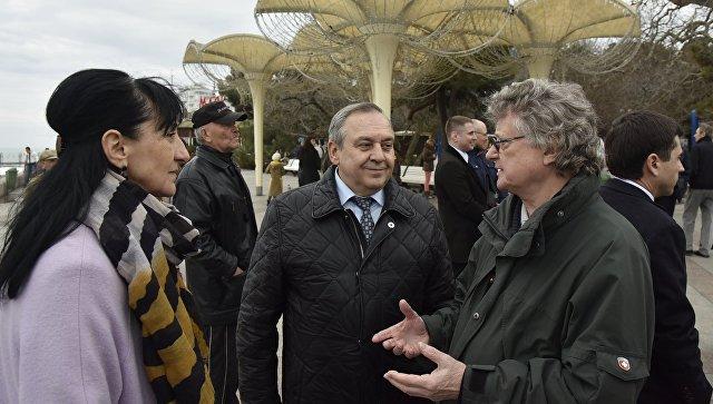 Делегация европейских и украинских политиков прибыла в Крым. Архивное фото
