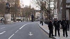 На месте теракта у британского парламента