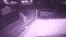 Нападение боевиков на базу Росгвардии в Чечне. Съемка камеры слежения