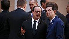 Премьер-министр Греции Алексис Ципрас и президент Франции Франсуа Олланд на встрече лидеров Евросоюза в Риме, 25 марта 2017