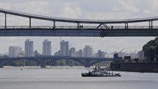 Река Днепр в Киеве, Украина. Архивное фото