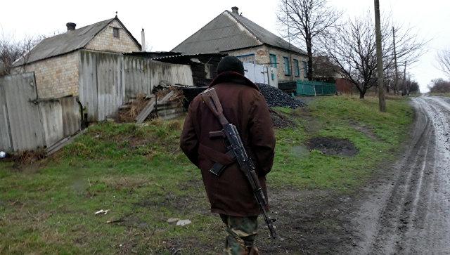 ВСУ открыли минометный огонь попоселку вЛНР