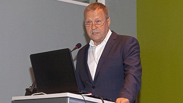 Суд отправил замдиректора Эрмитажа Новикова под домашний арест