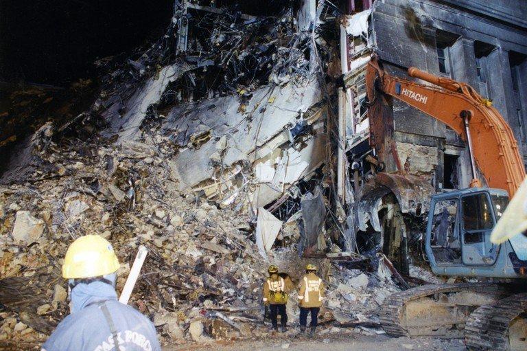 В США рассекретили архивные фото с места теракта 11 сентября