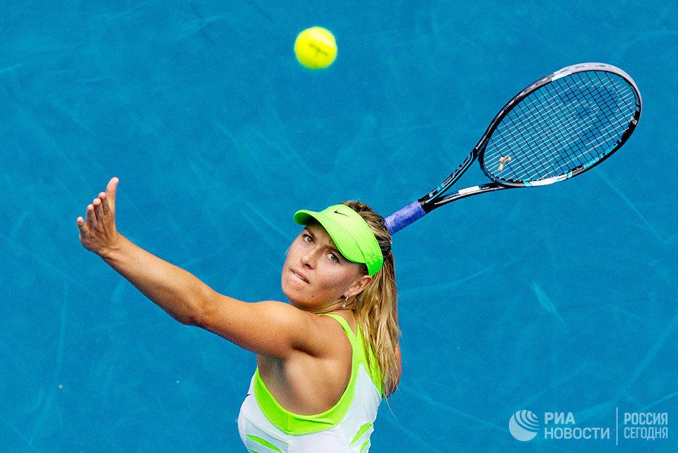 Российская теннисистка Мария Шарапова в матче третьего круга Открытого чемпионата Австралии