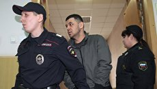 Подозреваемый в соучастии теракта в петербургском метро Содик Ортиков в Басманном районном суде Москвы. Архивное фото
