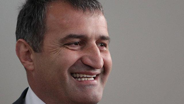Бибилов набрал 48,7% голосов навыборах президента Южной Осетии