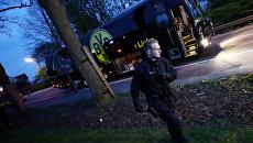 Полиция на месте взрыва у автобуса ФК Боруссия в Дортмунде, Германия. 11 апреля 2017