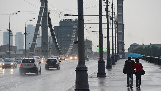 Гроза исильный ветер ожидаются в столице доутра субботы— МЧС