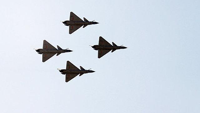 Китайские военные самолеты. Архивное фото