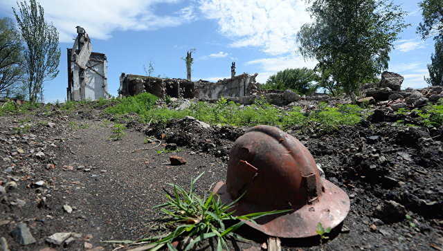 Территория заброшенной шахты на окраине Горловки. Архивное фото