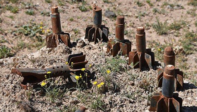 Остатки боеприпасов на окраине сирийского города Дейр-эз-Зо