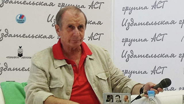 Писатель Михаил Веллер. Архивное фото
