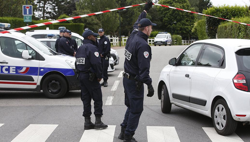 Убийство четы полицейских под Парижем признали терактом