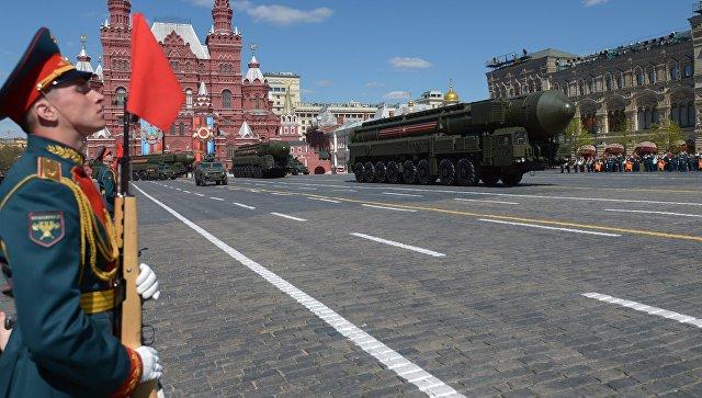 Самолеты ВКС начнут разгонять облака в российской столице в 00:00