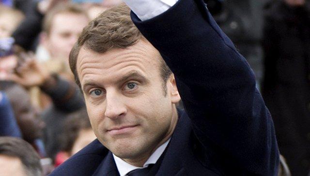 Макрон набирает 63,7% голосов и выигрывает навыборах президента Франции