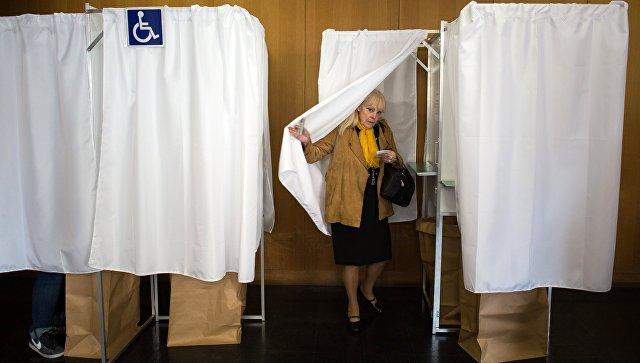 Голосование впервом туре парламентских выборов началось воФранции