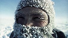 Врач-физиолог Александр Завадовский на станции Восток. Он проводит научные исследования по акклиматизации человека в крайне суровых условиях Антарктиды