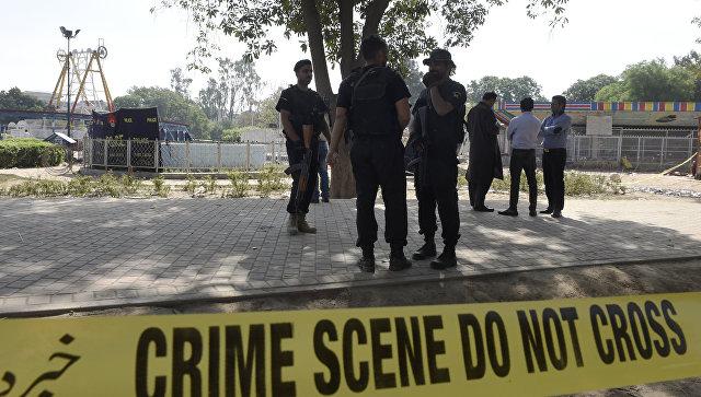 В Пакистане взорвалась бомба-игрушка: погибли шесть детей
